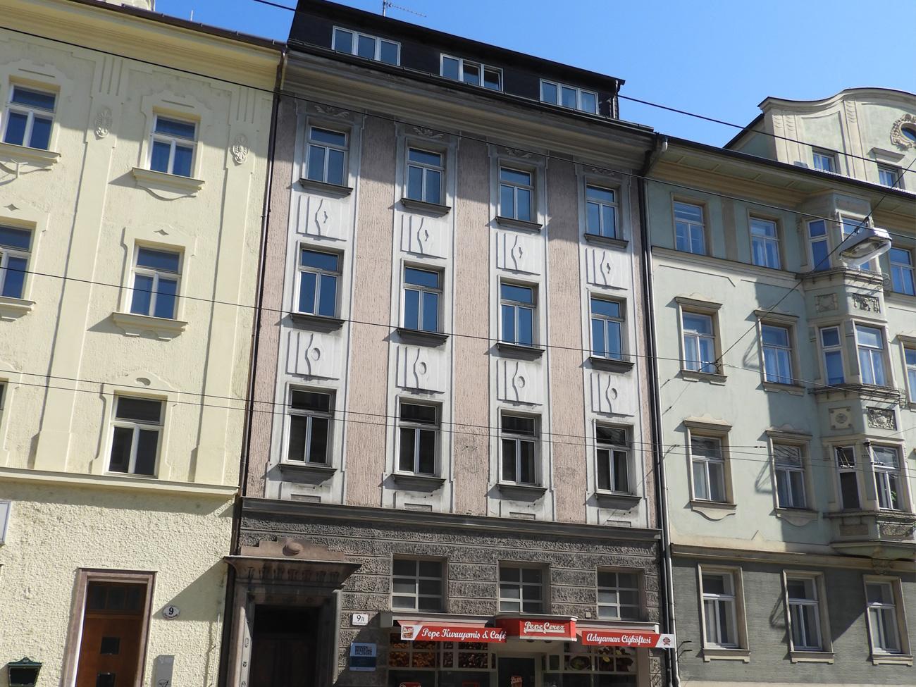 Saint Julienstraße 9A, Salzburg